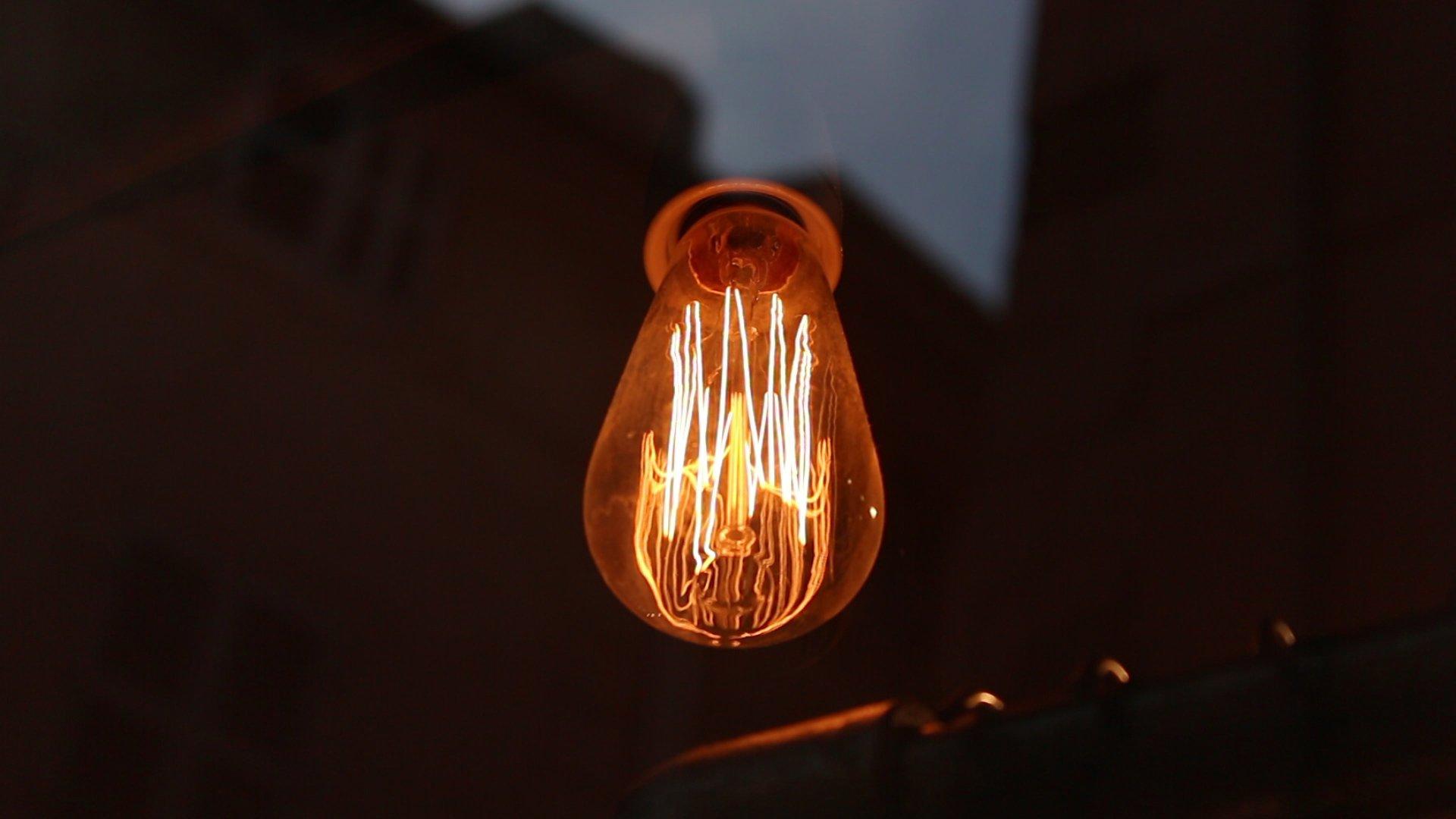 18-frame1_Into the light